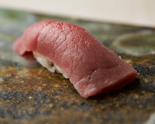 外苑前の寿司屋、海味(うみ)